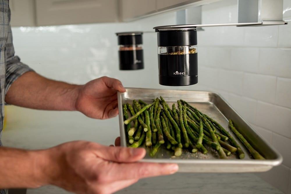 Kanno Spice Dispenser under-the-cabinet mount